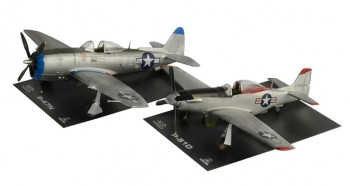 Italeri 35102 P47N and P51D War Thunder 1:72
