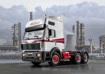 Italeri 3924 Mercedes-Benz SK Eurocab 6x4 1:24