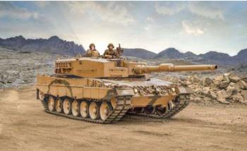 Italeri 6559 Leopard 2A4 M1:35